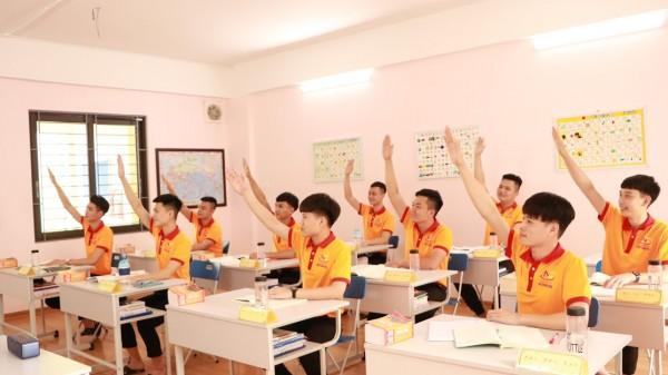 Học viên trong giờ lên lớp