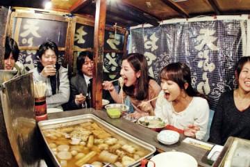 Trải nghiệm lê la quán cóc kiểu Nhật cực thú vị khi du học Nhật Bản