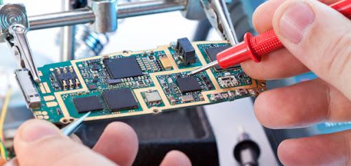 Du học Nhật Bản ngành điện tử